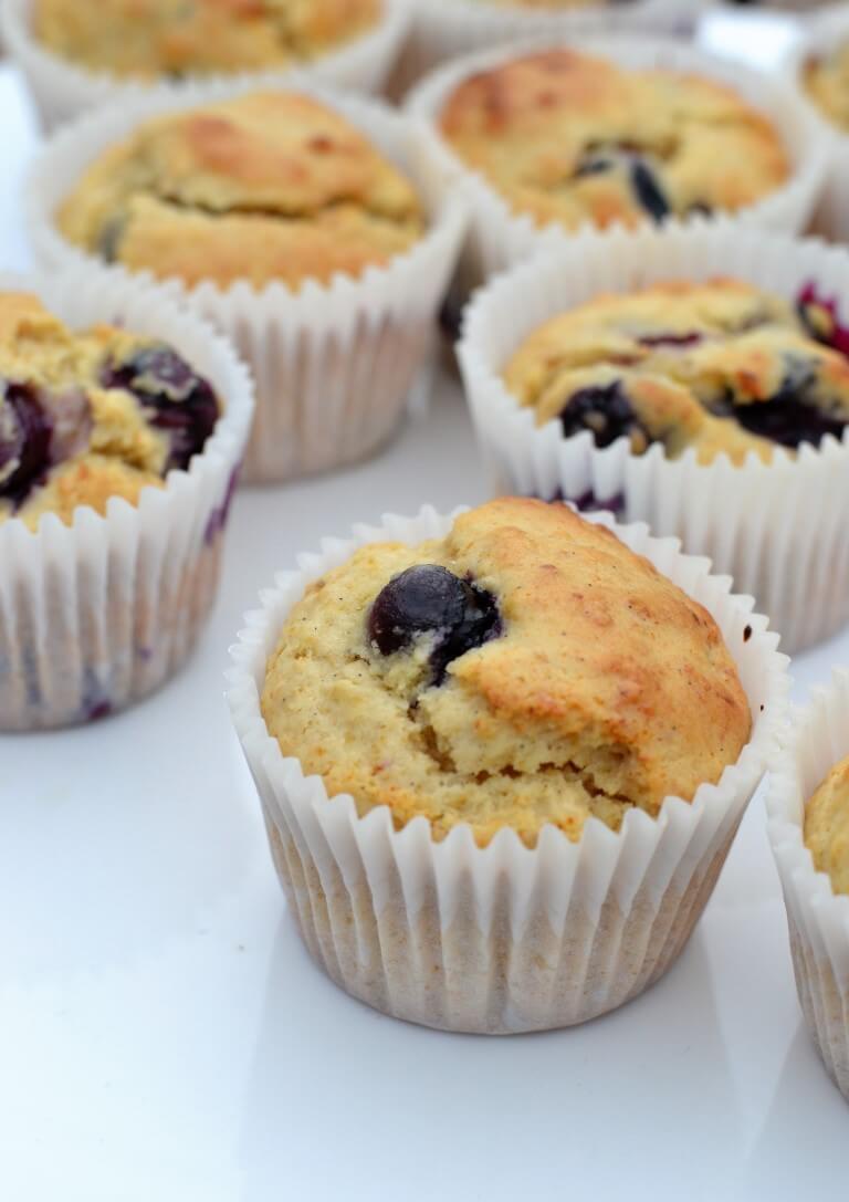 blueberry-quinoa-cupcakes