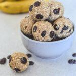 healthy-chocolate-chip-banana-cake-bliss-balls