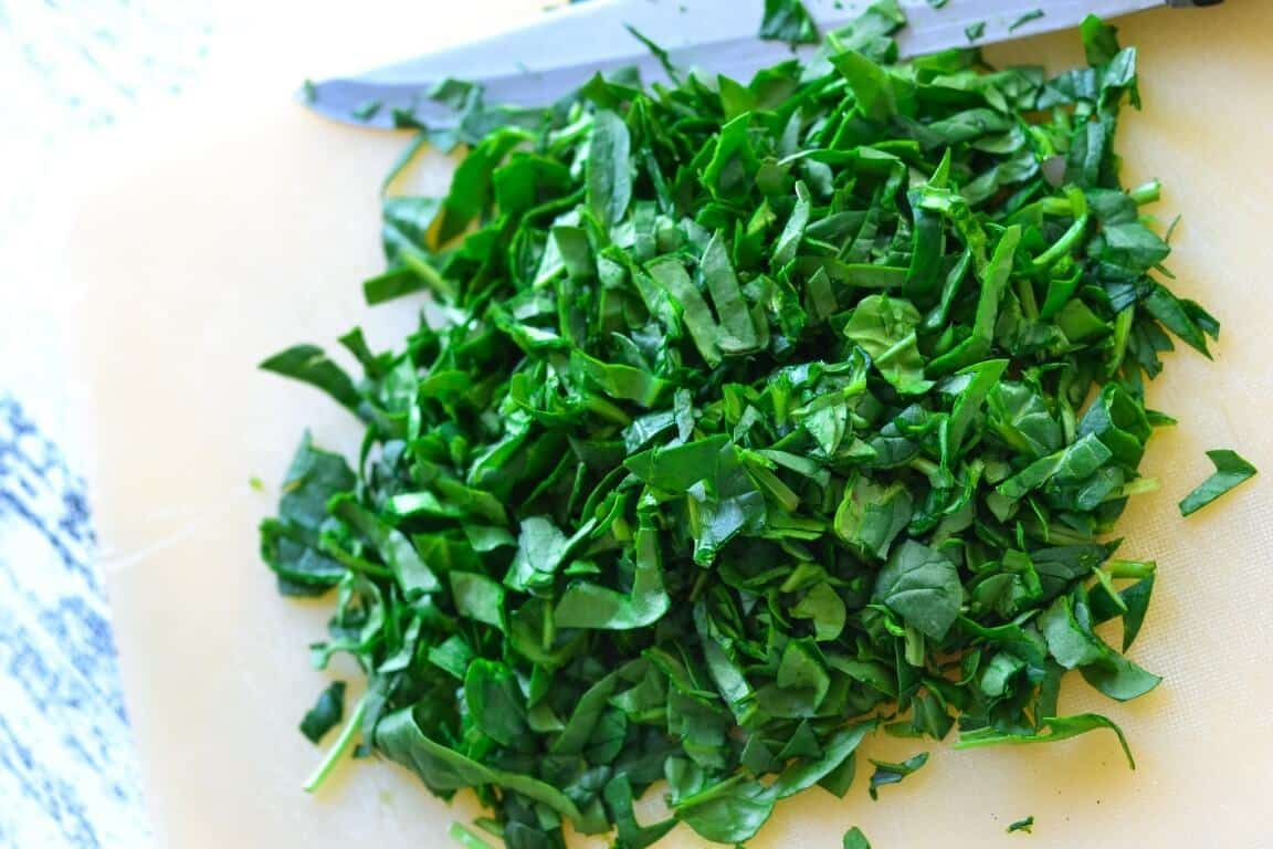 chopped-spinach-on-board