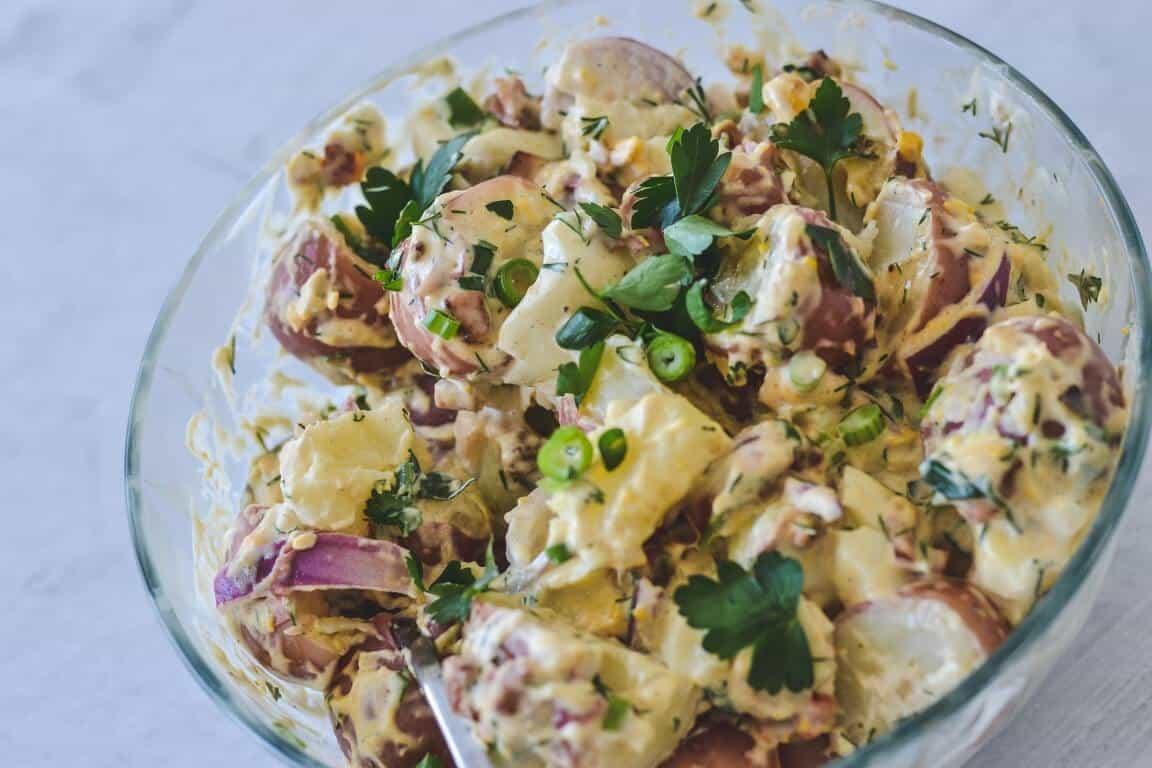 creamy-homemade-potato-salad-dressing