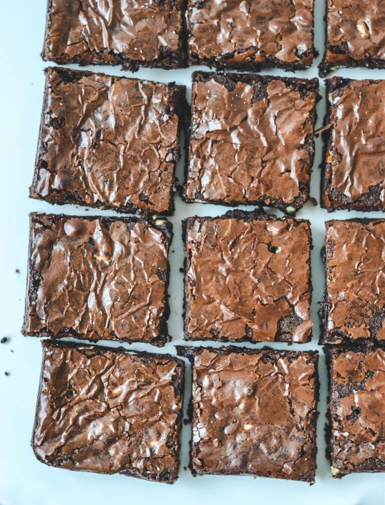 brownies-with-chocolate-chips