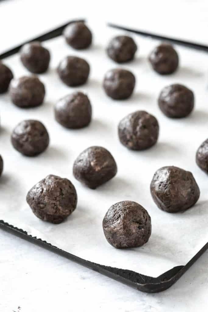 oreo balls on baking tray