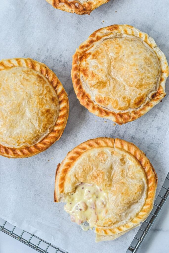 chicken-pies-with-puff-pastry-on-rack