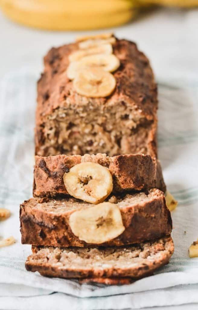 healthy-banana-bread-loaf-on-rack