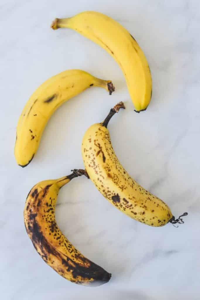 spotty-bananas-on-bench