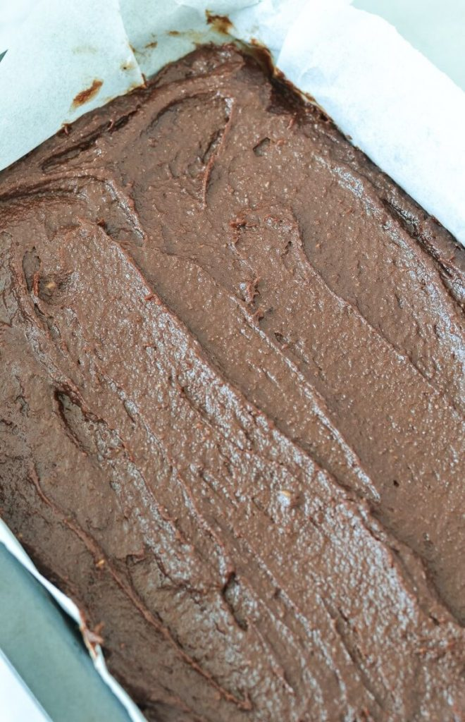 brownie-batter-in-baking-tray