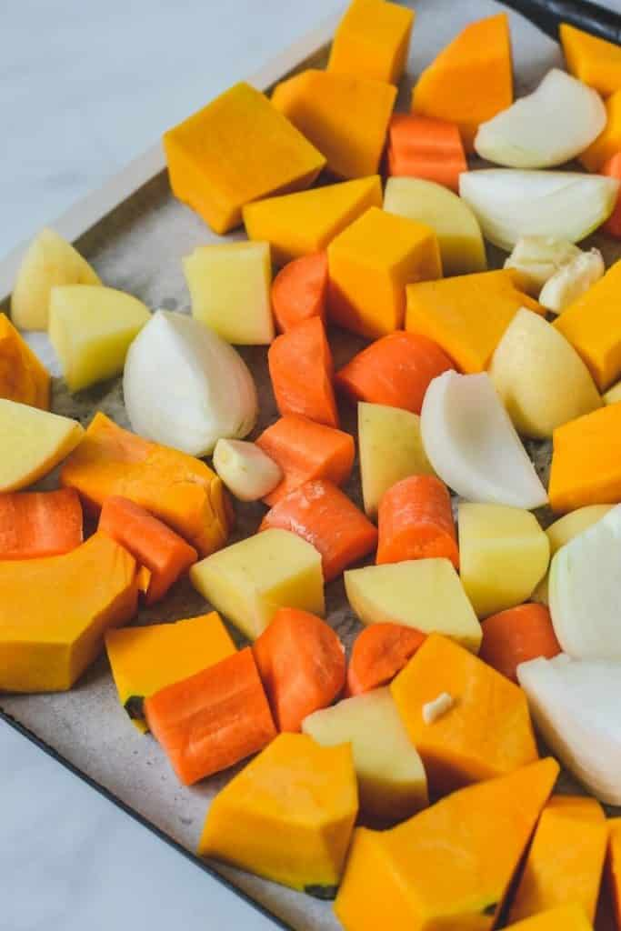 chopped-pumpkin-and-vegetables-on-tray