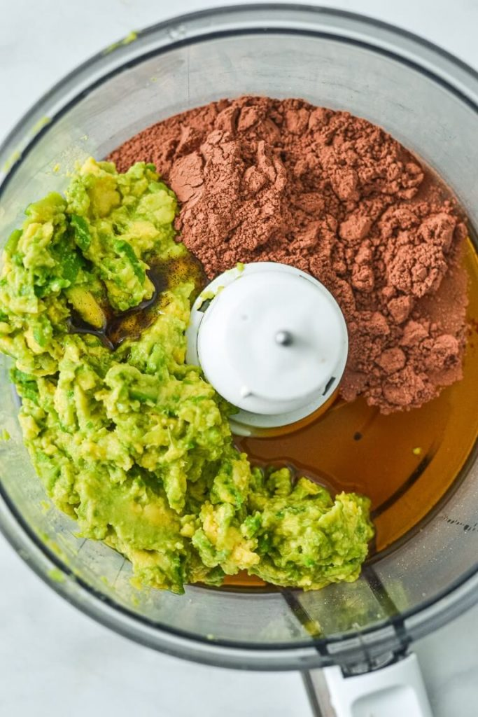 avocado-and-cacao-in-food-processor