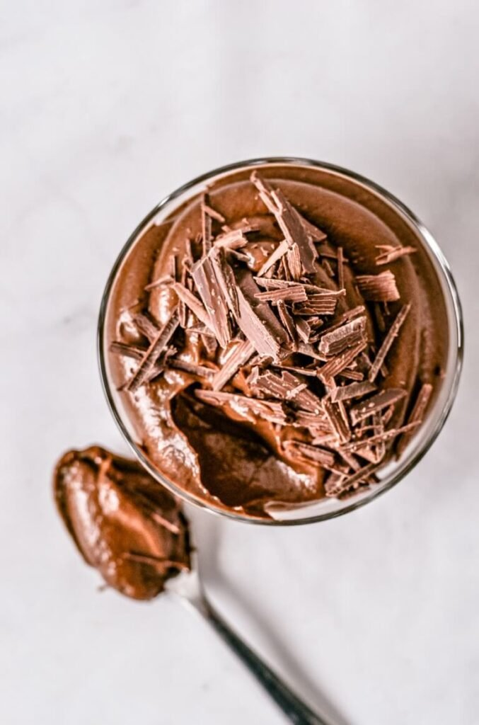 chocolate-mousse-in-glass-jar
