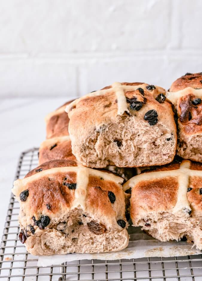 baked-hot-cross-buns-cooling-on-metal-rack