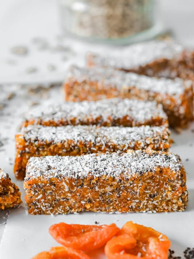 apricot-bars-in-a-row-on-white-table