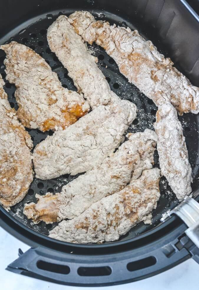 chicken-tenders-in-air-fryer-tray