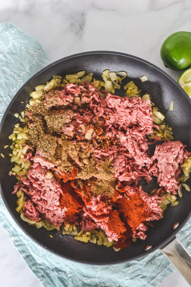 beef-mince-and-spices-in-frying-pan