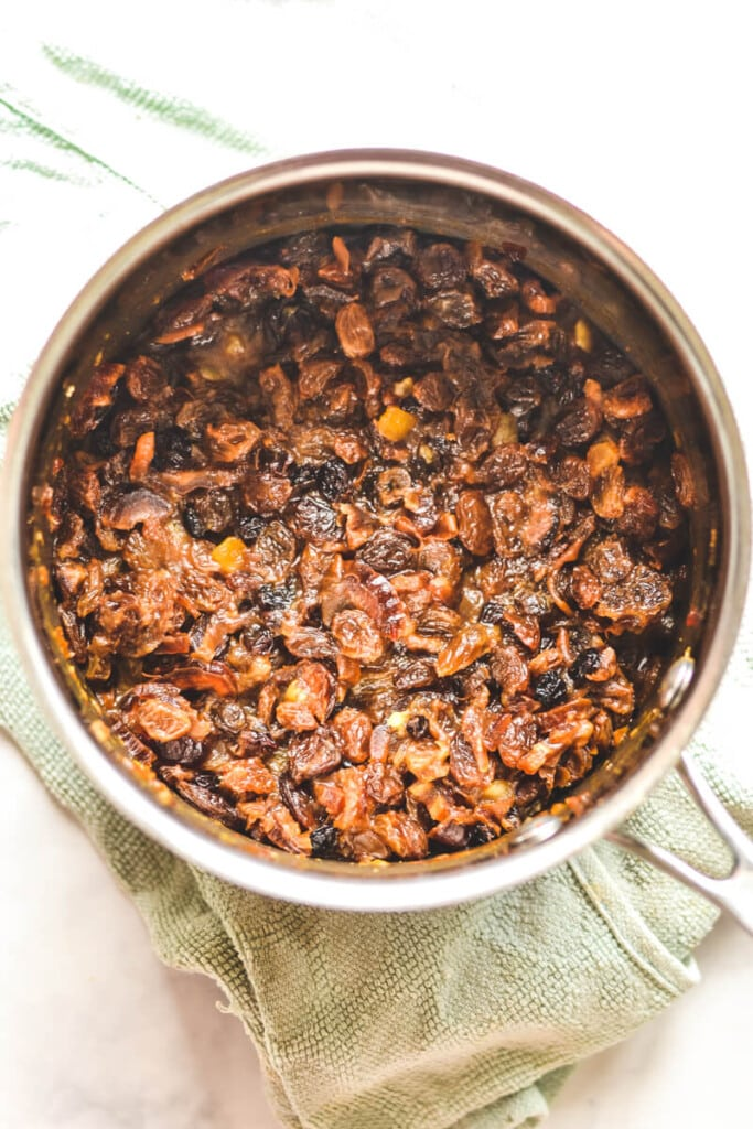 cooked fruit in saucepan