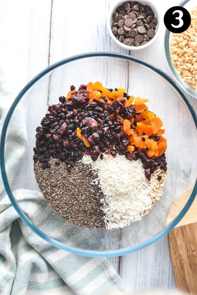 muesli bar ingredients in a glass bowl